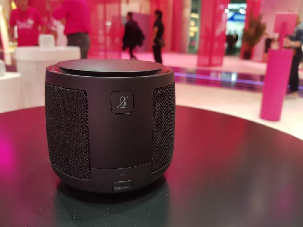"""""""Hallo Magenta"""" – XMOS VocalFusion helps to bring Deutsche Telekom's new smart speaker to life"""